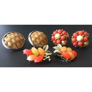 3 VTG CLIP ON EARRINGS, Coral & Wood Collection